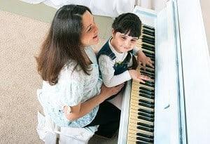 improvise scales piano