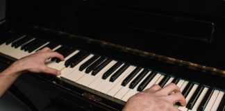 How To Play Faster On Piano