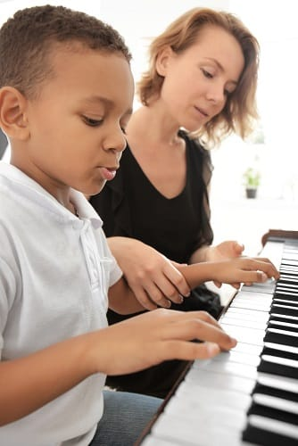 Starter Piano Songs For Beginner Pianists